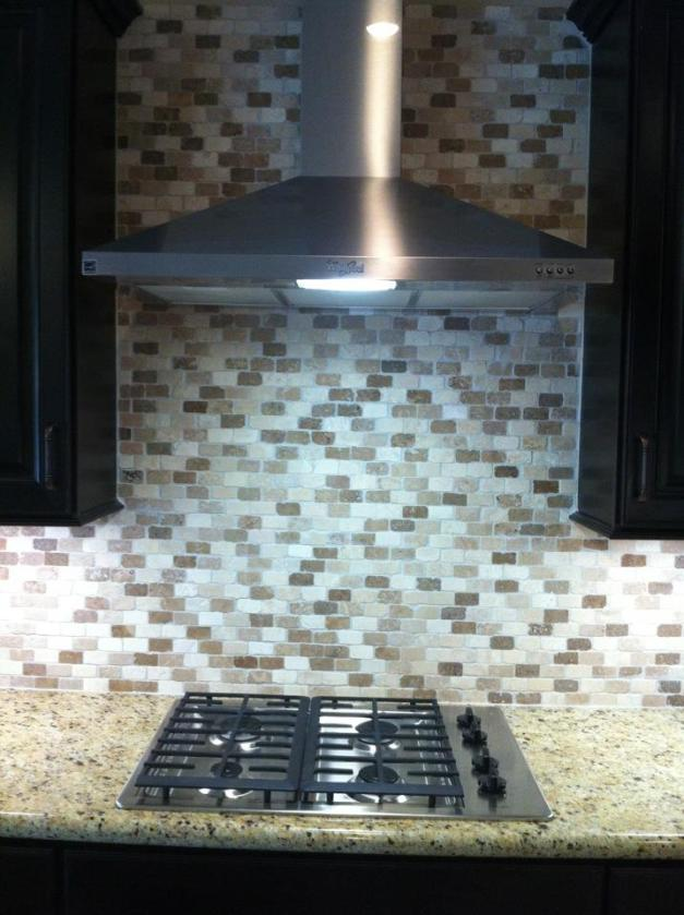 Kitche- Range and Range Hood