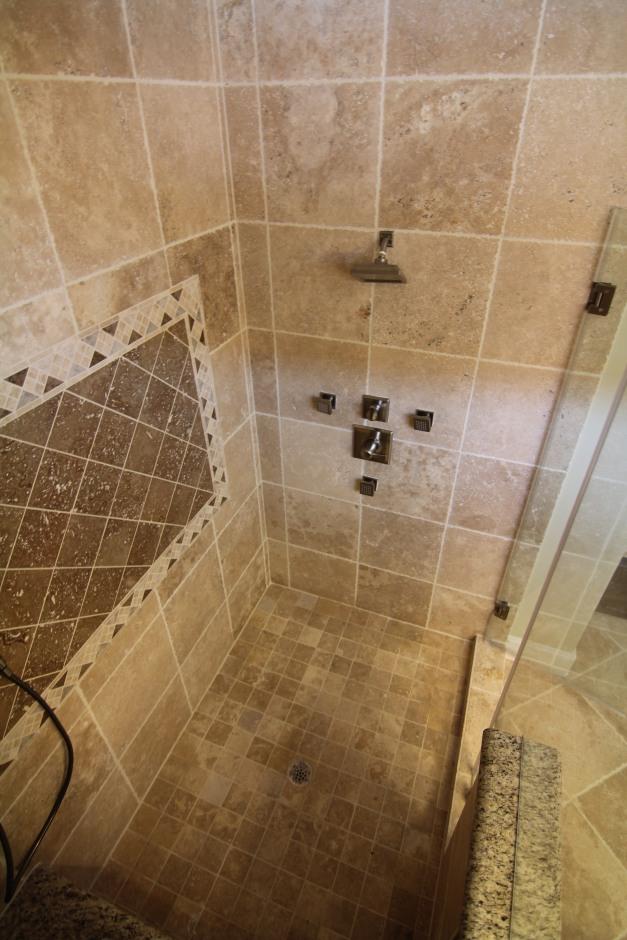 Bathroom - The Villas on Graustark