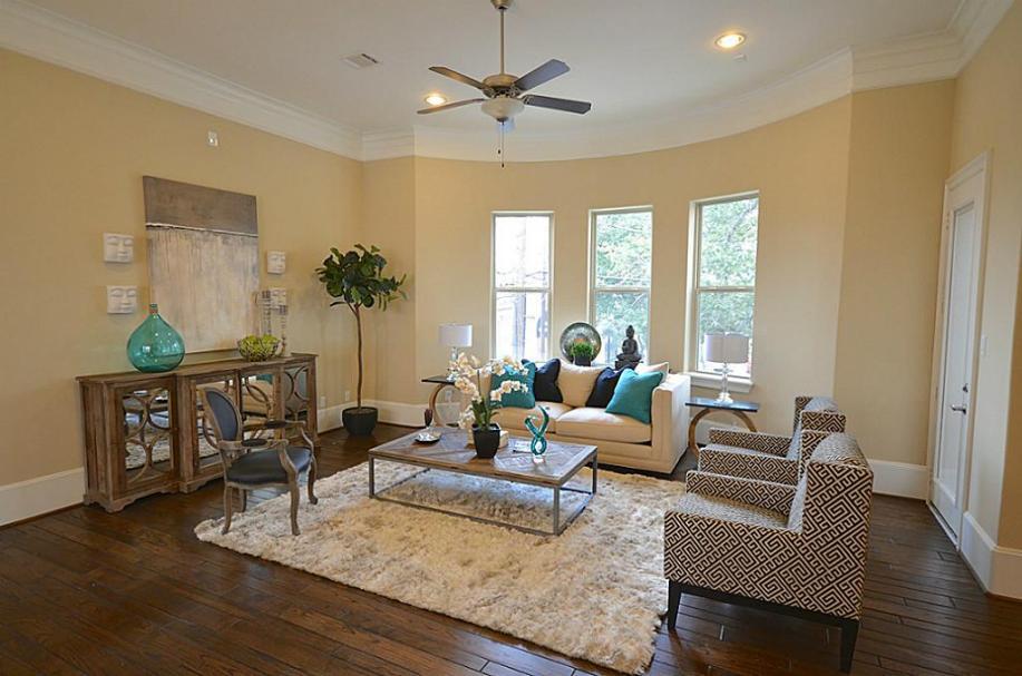 3330 Graustark Houston, Texas - The Villas on Graustark by Drake Homes Inc