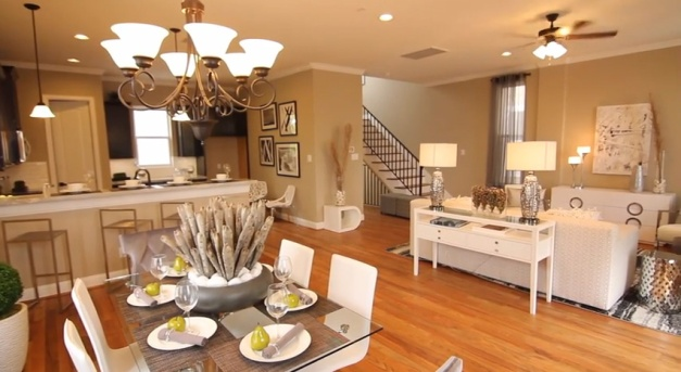 Orleans Square living-dining-kitchen - stairs