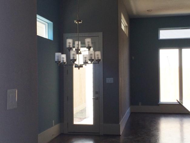 Knox Villas - Entry