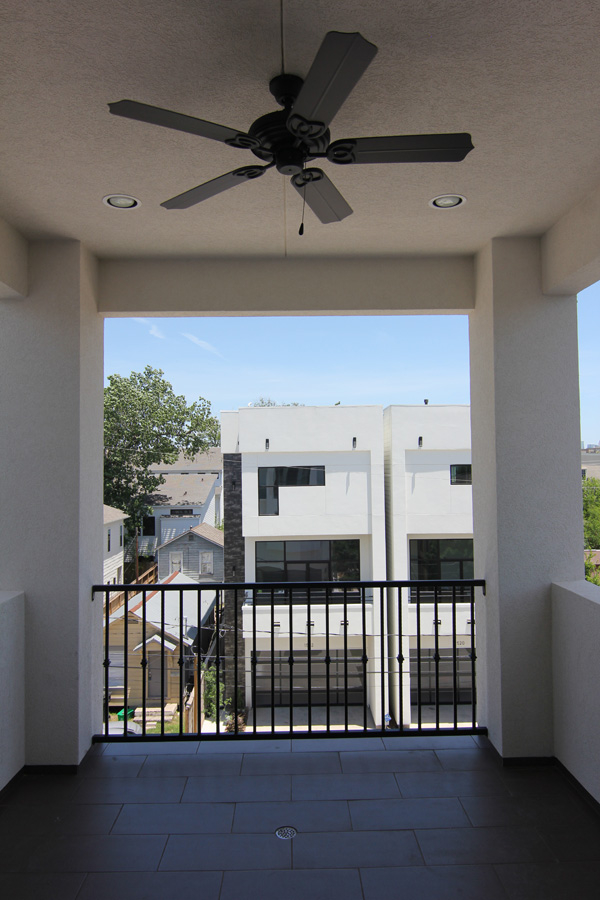 Covered rooftop deck - Knox Villas - by Drake Homes Inc, Houston, TX