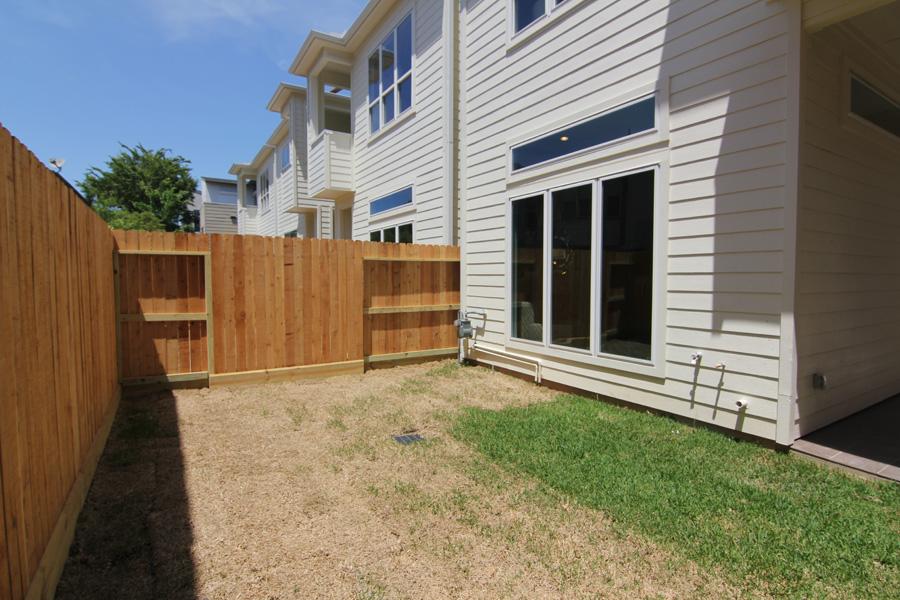 Back yard - Knox Villas - by Drake Homes Inc, Houston, TX