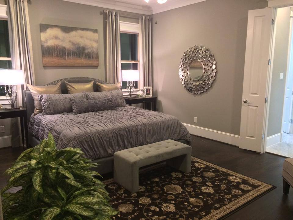 Ashland Square master bedroom