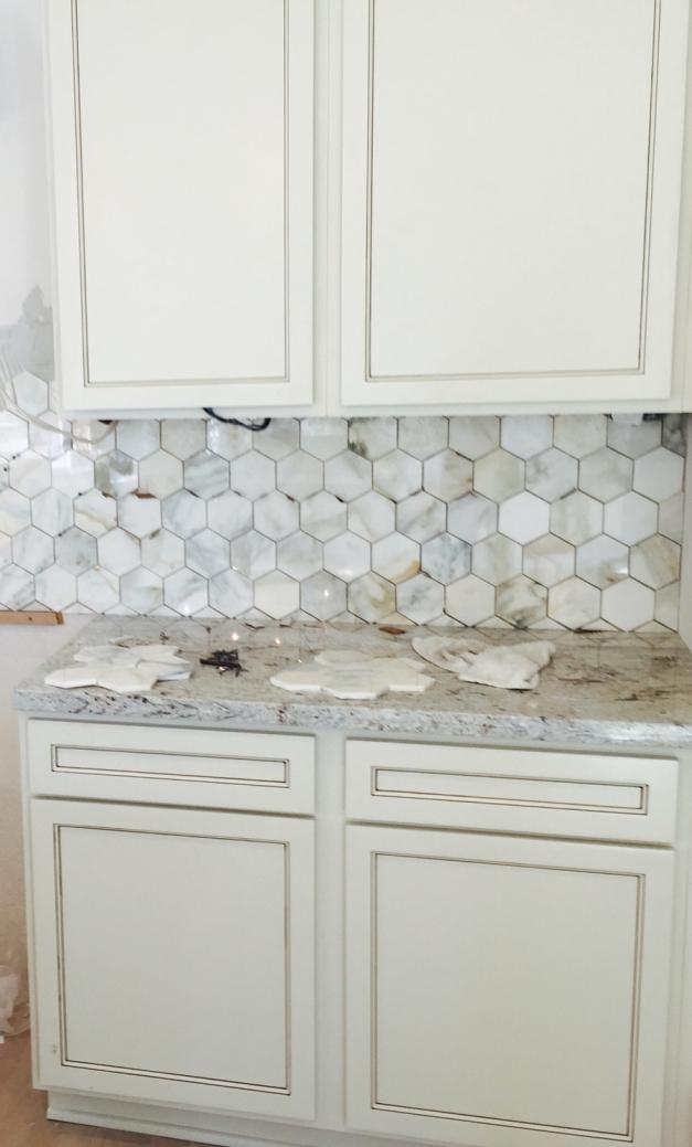 Tile installation - kitchen - Avondale Park Manor