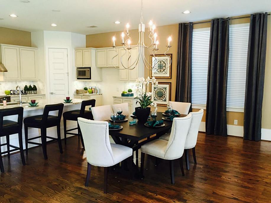 Avondale Park Manor - Living area