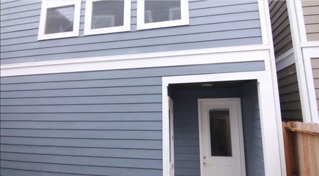 exterior-ashlandsq7-garage
