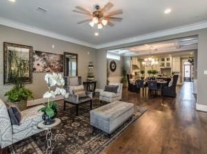 New photos for the available home in Ashland Square at 410 W 27th, Houston, TX by Drake Homes Inc! Contact Jeannie Salyers for more information: (281) 813-6290 Email: JBarrettSalyers@drakehomesinc.com http://drakehomesinc.com/?communities=ashland-square