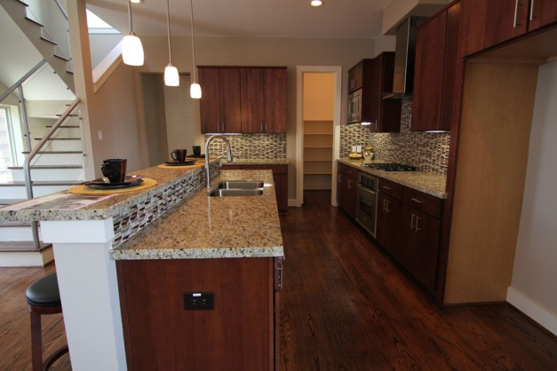 malone_landing_kitchen