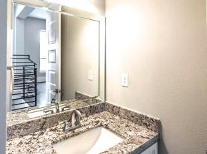 227 Avondale, Houston, TX, Drake Homes Inc.