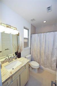 2715 Mason, Houston TX 77006 - Avondale Park by Drake Homes Inc.