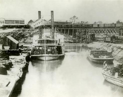 PHA-Cotton-Lizzie-1890s_490_388