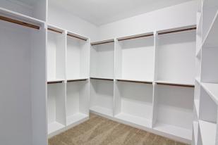1106-hackney-master-closet-edit-900