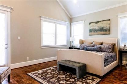 Master Bedroom - Ashland South