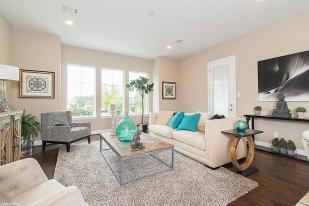 Living area - Landings On Nineteenth