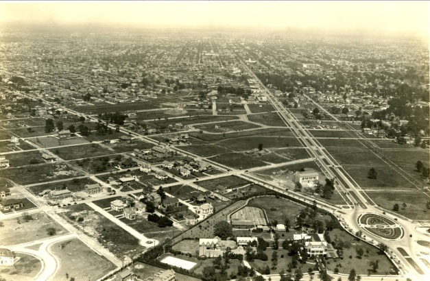 Aerial view of Montrose with the Watkin building of the Museum of Fine Arts Houston visible at intersection. circa 1924