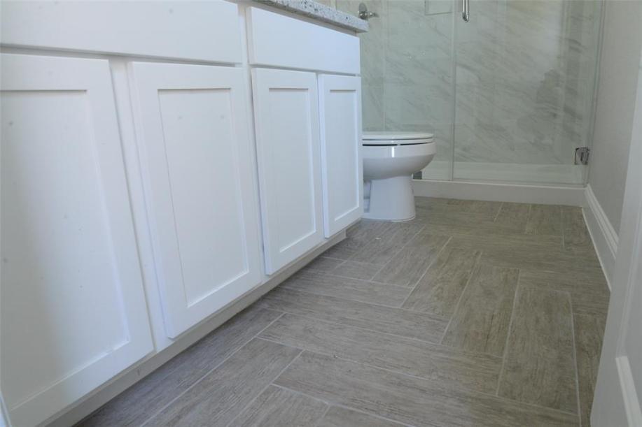 The Angelina Floorplan by Drake Homes Inc.