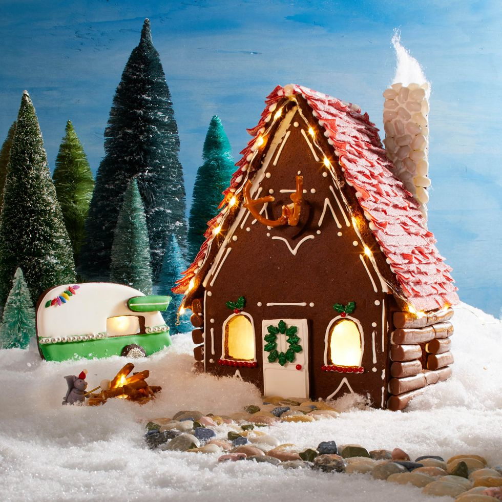 Goodhouse Keeping - Gingerbread House