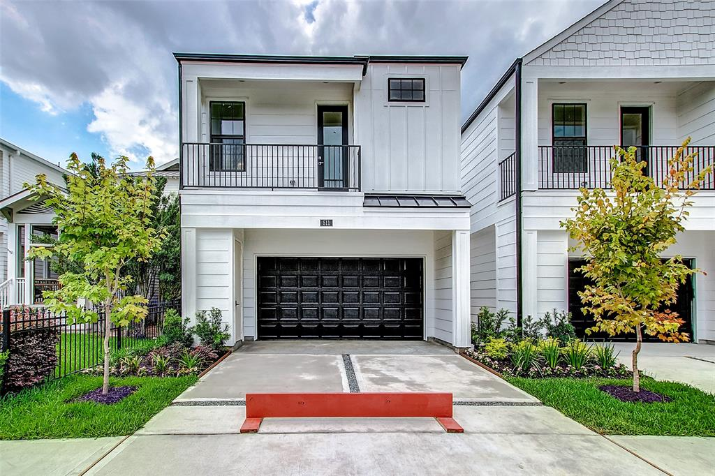Front Elevation - Houston Heights by Drake Homes Inc.